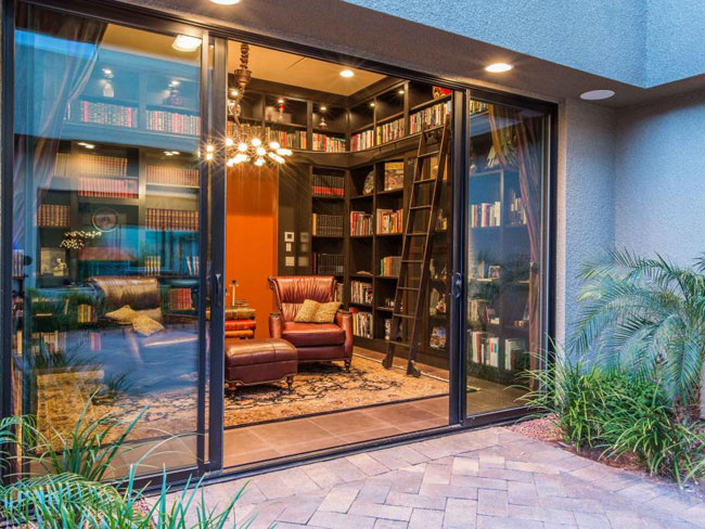 4 - 5 Vegas Homes With Libraries You Need to See