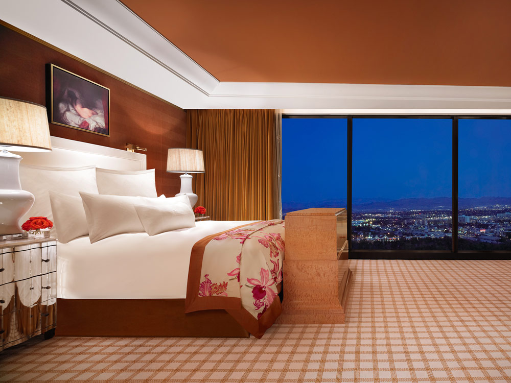 Vegas Hotel Suites To Go All Out This Summer