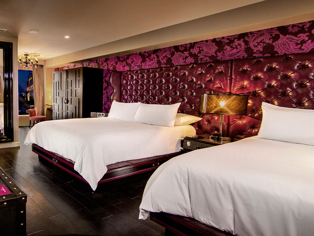 enter the cromwell and youll be instantly charmed by one of vegas only boutique hotels on the strip the dcor is cosmopolitan and sophisticated - Purple Hotel Decor