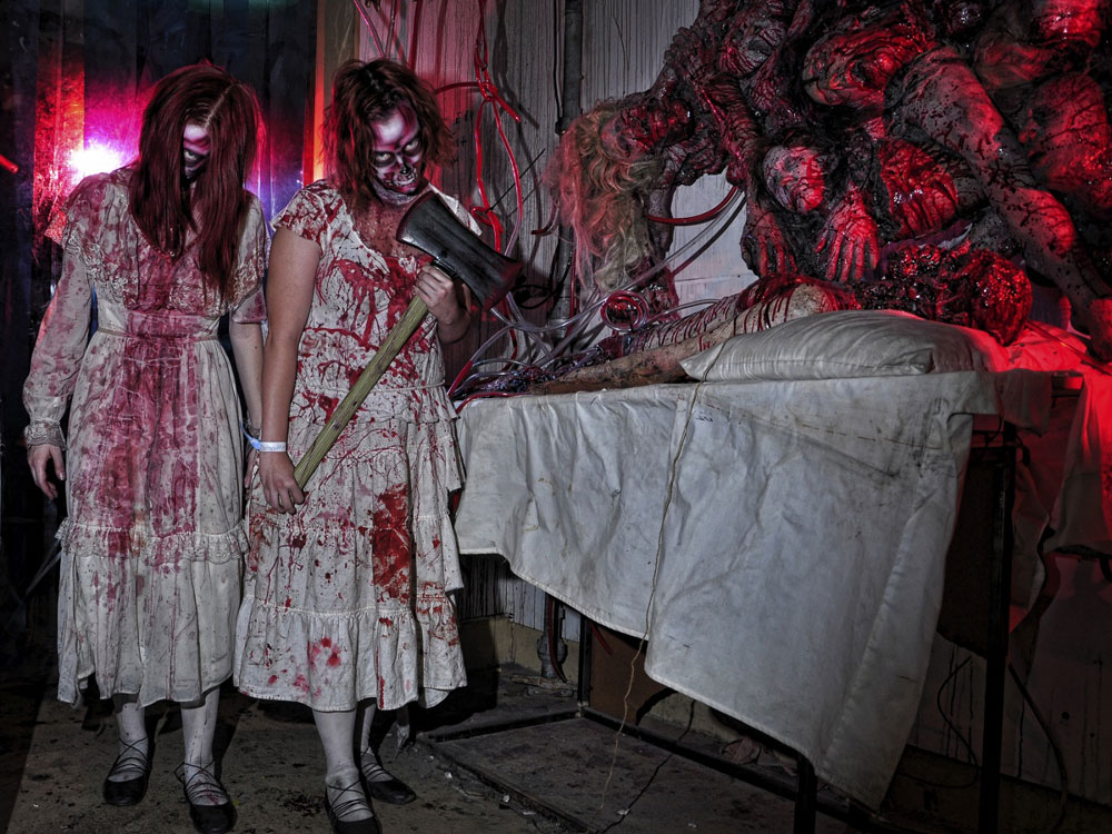 adventuredome at circus circus transforms itself once again from a child friendly theme park into a terrifying interactive spectacle dubbed fright dome - Adventuredome Halloween