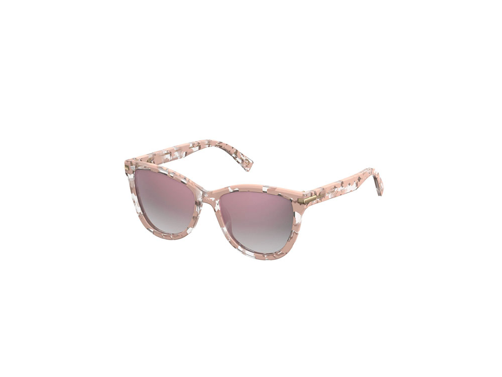 Marc-Jacobs-Cat-Eye-Sunglasses-Spring-Accessories.jpg