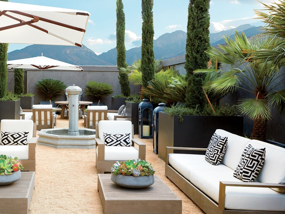 rh modern ceo gary friedman on new vegas store. Black Bedroom Furniture Sets. Home Design Ideas