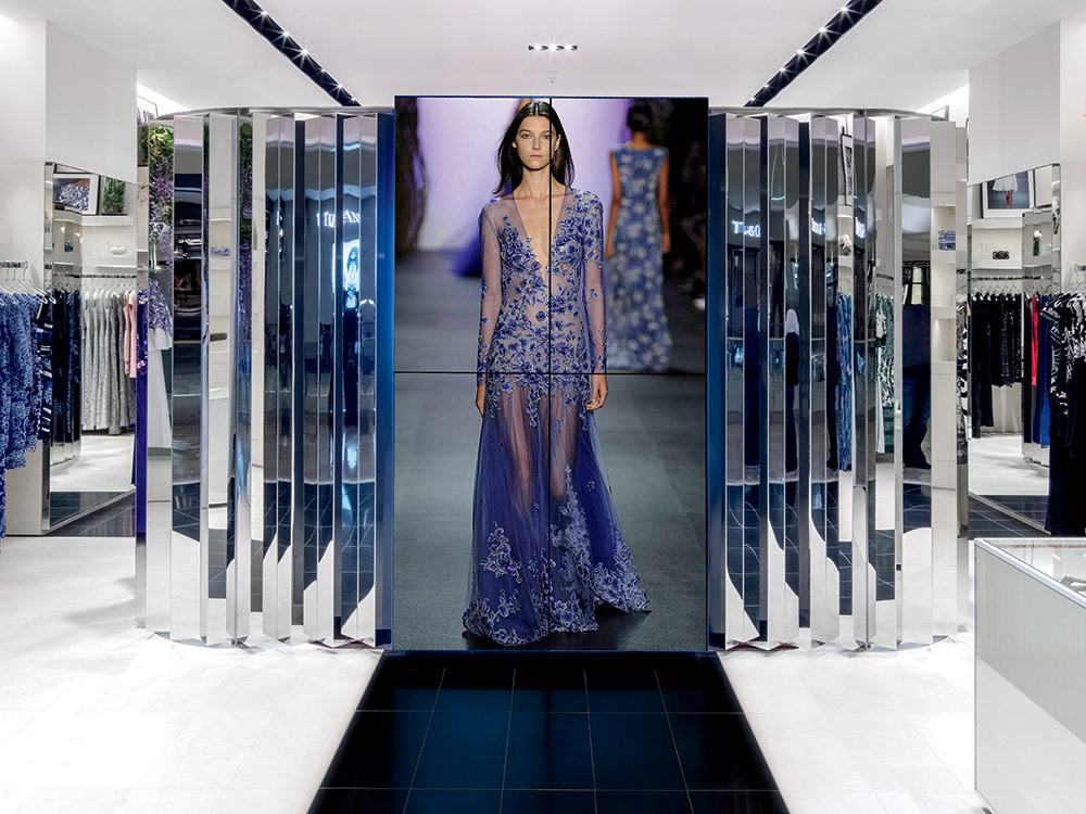 Why Tadashi Shoji Decided to Open a New Store in Fashion Show Mall