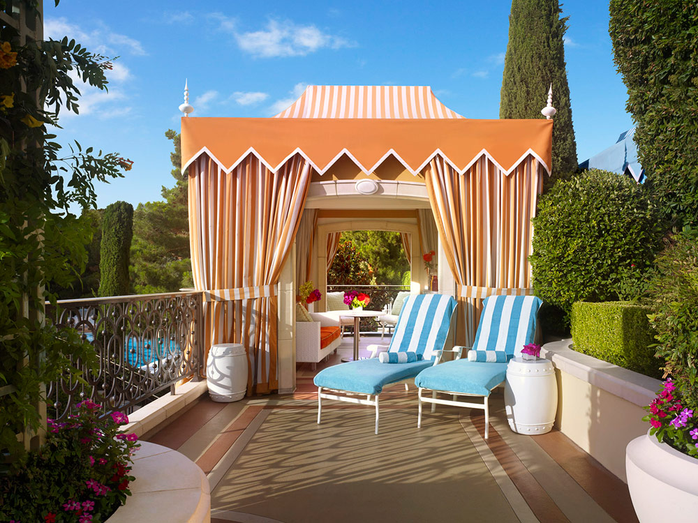 Vegas Cabanas worth Booking Now to Go All out with Your Friends