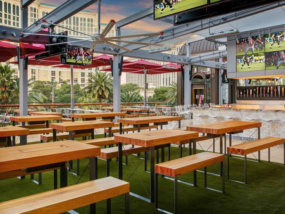beer-park-vegas-bars.jpg