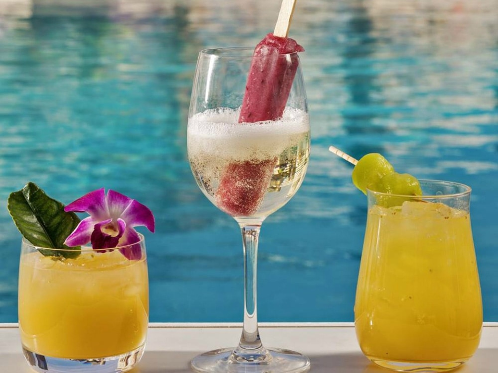 Frozen Cocktails To Drink In Vegas By The Pool