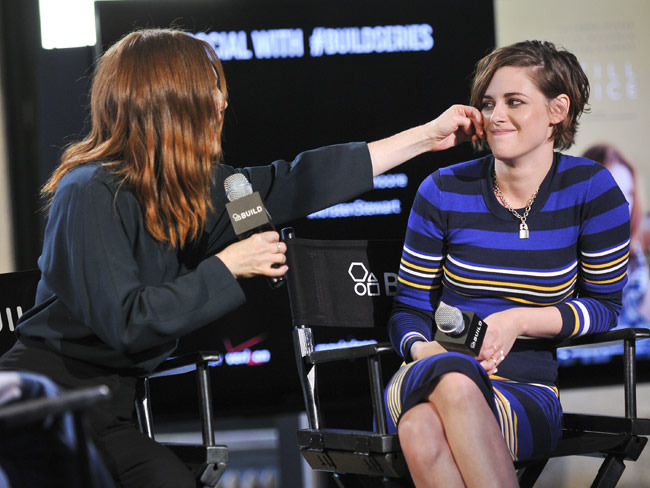 3 - What Kristen Stewart & Julianne Moore Lear…