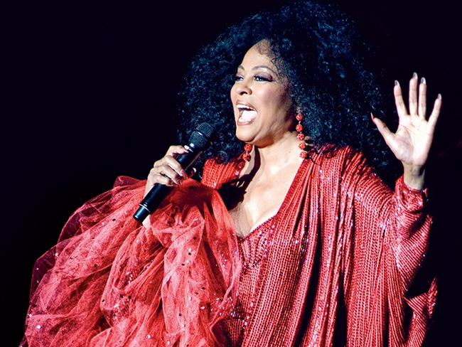 1 - A Look at Diana Ross' Residency at the Ven…