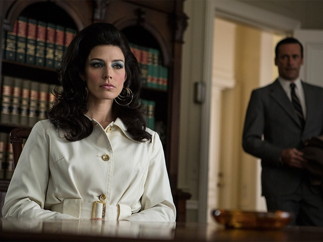 2 - 'Mad Men' Makeup Artist on Megan's Cat-Eye…
