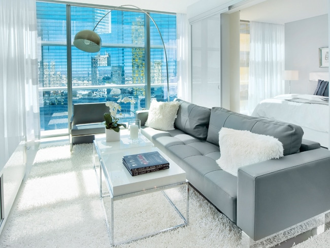 2 - High-Rise Luxury Living on The Strip
